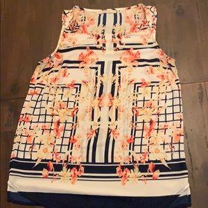 41 Hawthorn cross shirt